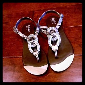 Mossimo sandals size 7